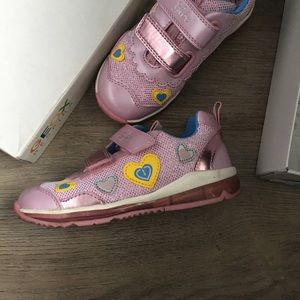 Geox girl light up shoes